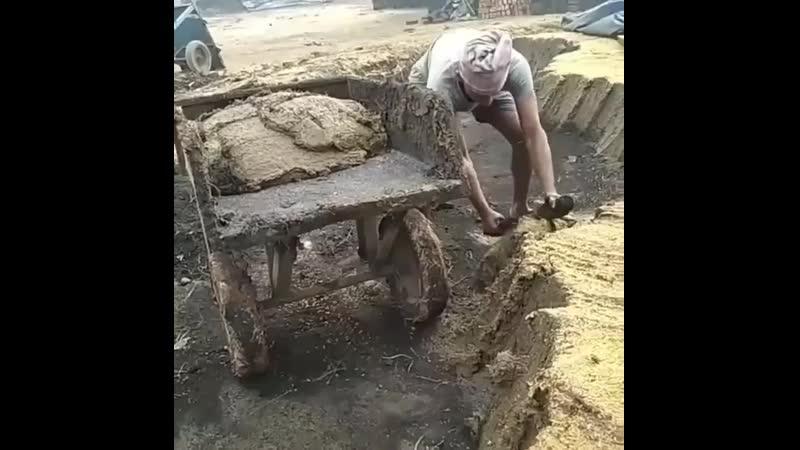 Необычная лопата