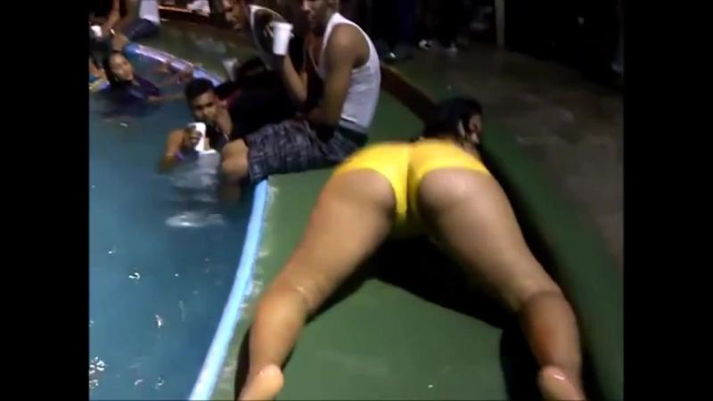Culona Bailando Dembow en una piscina Big ASs | Brazilian Girls vk.com/braziliangirls
