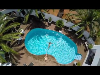 Mike Perry Ft. Shy Martin - The Ocean (2016) HQ_480p