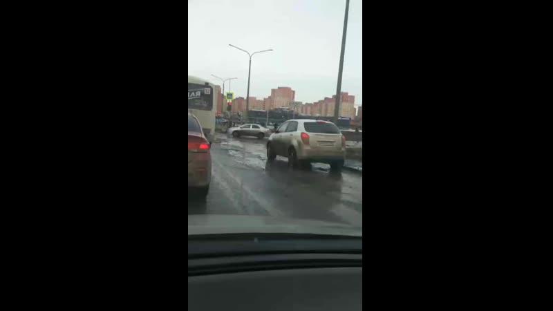 Так выглядит асфальт на улице Салмышской 🤷🏼♂️