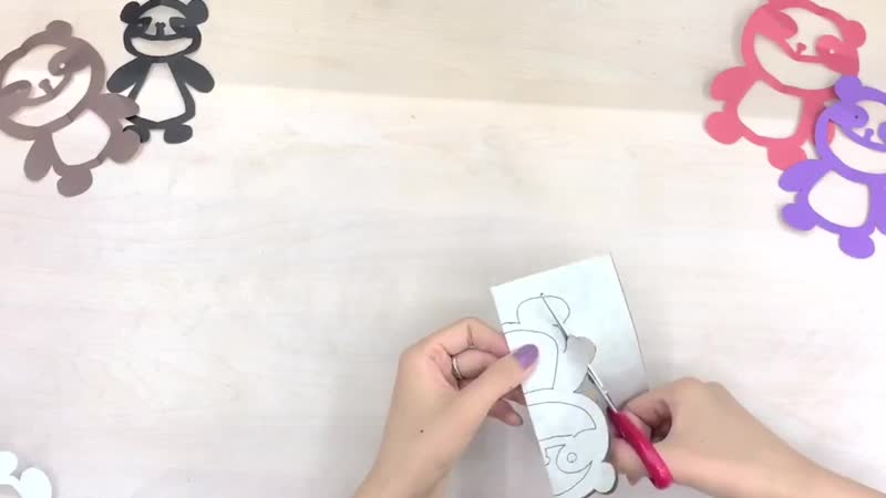 Hacer un oso panda en papel recortado