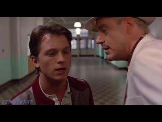 Роберт Дауни младший и Том Холланд в «Назад в будущее»