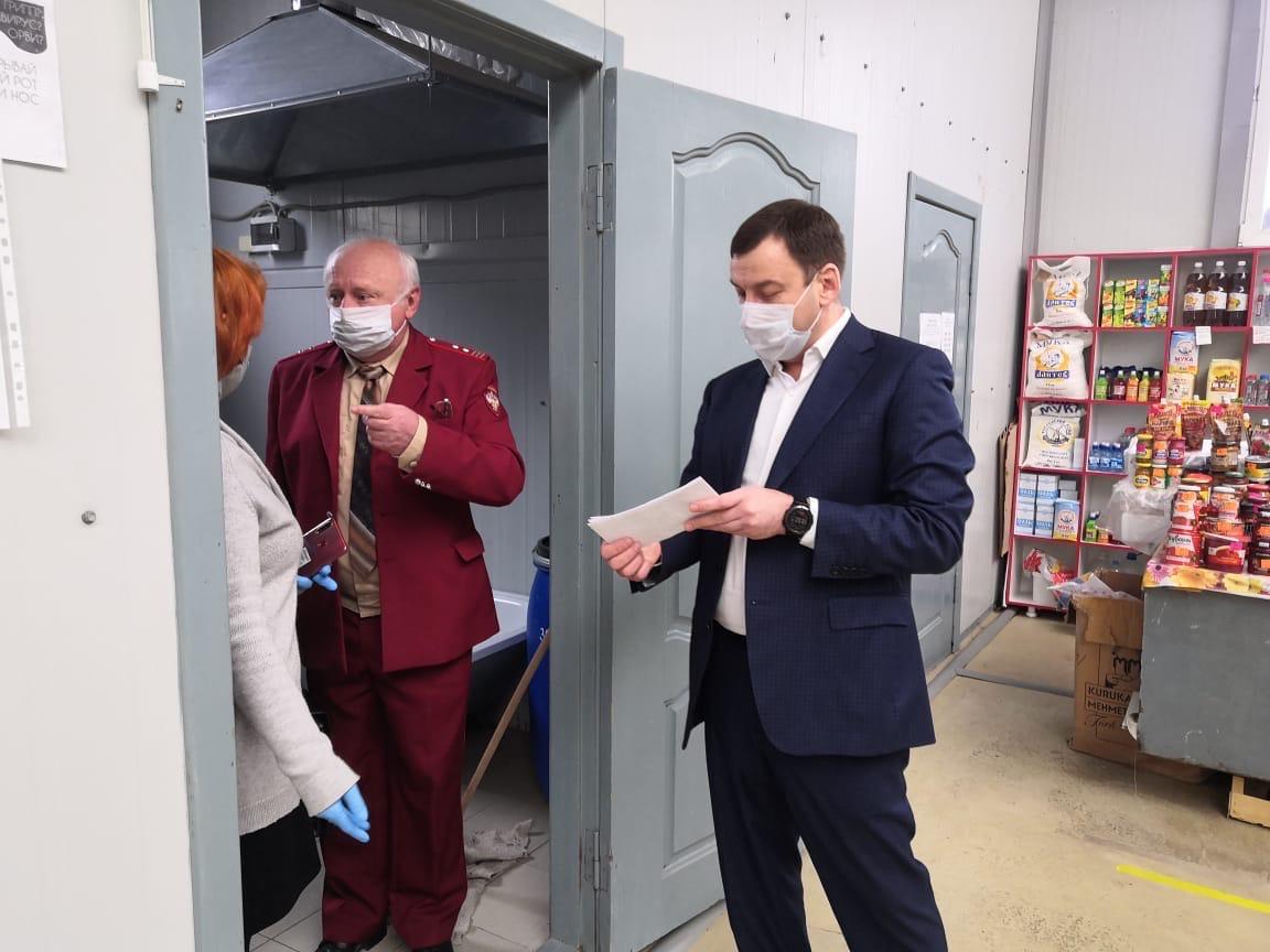 В городе Таганроге ежедневно проводится мониторинг соблюдения масочного режима в общественных местах