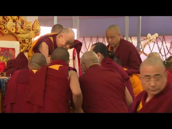 Учения ЕС Далай-ламы в Бодхгае (2018), день 1