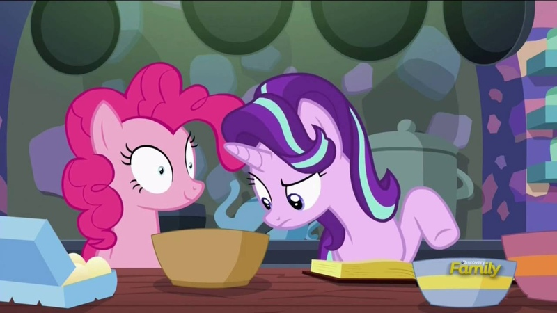 MLP:FIM - Baking with Hypnotized Pinkie Pie