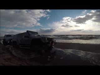 RC Vaterra Jeep Cherokee & Axial land Rover Defender Трофи утопие