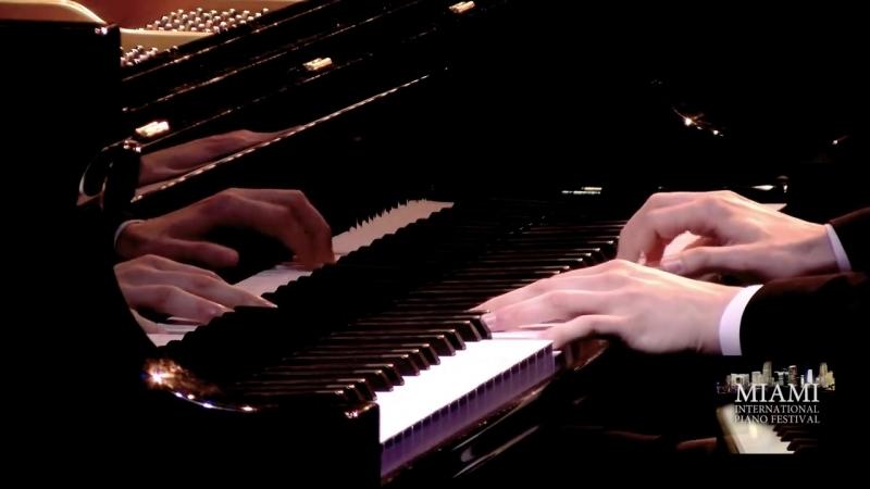 FLORIAN NOACK PLAYS HIS PIANO TRANSCRIPTION OF RIMSKY-KORSAKOV SCHEHERAZADE