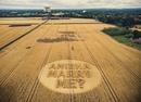 Лондонец сделал предложение своей даме сердца в виде огромной надписи на кукурузном поле.