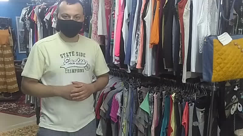 Обзор летних футболок топиков и маечек в Магазине стильной одежды секонд хенд Белый Кролик часть2