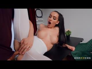 Luxury Girl - Soaking LuxuryGirl's Yoga Pants порно porno