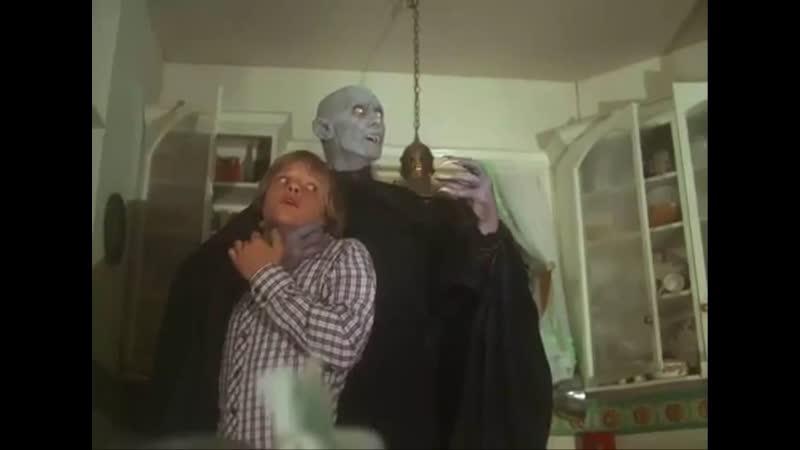 El misterio de Salemʹs Lot Salemʹs Lot 1979 Tobe Hooper La noche del vampiro Pueblo maldito La hora del vampiro