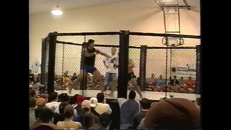 CFX 1 CAGE FIGHTING XTREME 1