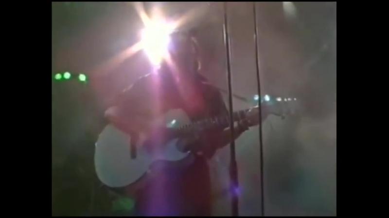 Последний концерт группы Кино и ее лидера Виктора Цоя состоялся в Москве 24 июня 1990 г. на арене стадиона Лужники.