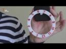 Українські діти друкують годинники на 3D-принтері.