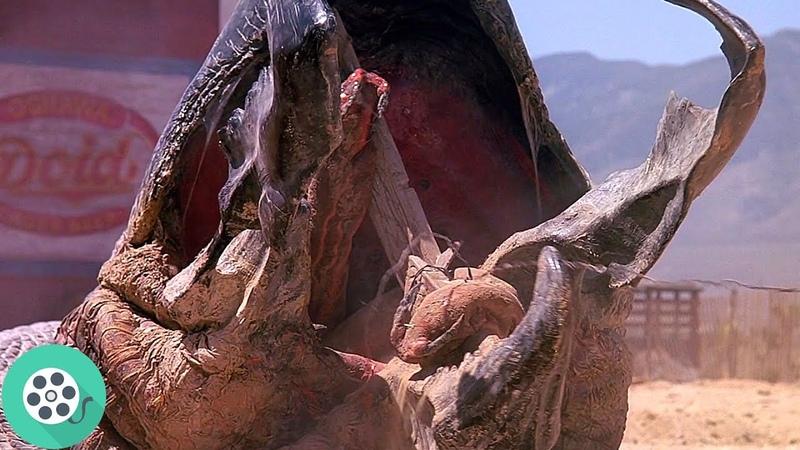 Гигантский червяк нападает на Ронду Дрожь земли 1989 год
