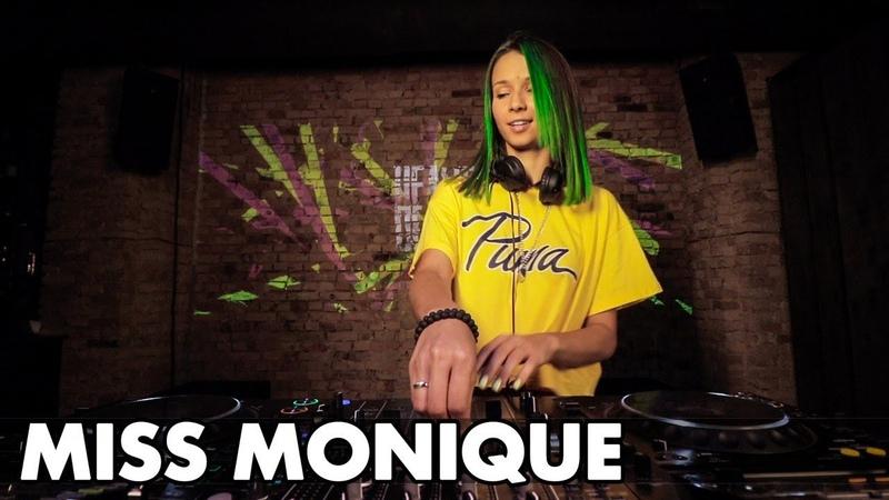Miss Monique - Live @ Radio Intense 11.02.2020