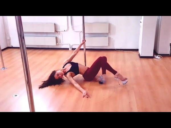 Яна Захватошина - Преподаватель Exotic Pole Dance (Studio _SoVa_ PD)