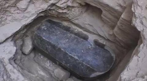Тайны черного саркофага ученым предстоит разгадать, кому принадлежат мумии