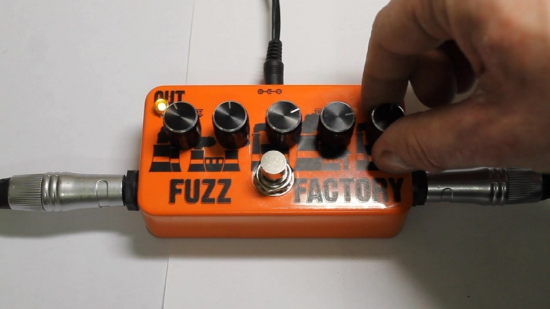 Fuzz Factory - Electric Guitar - 01