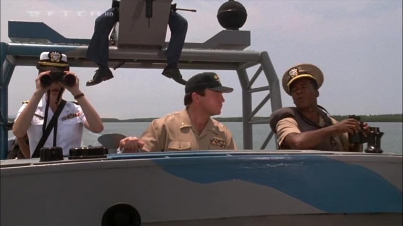 Флот МакХэйла (Убрать перископ 2) (1997) (перевод П. Санаева) / Том Арнольд, Тим Карри / Боевик, Комедия