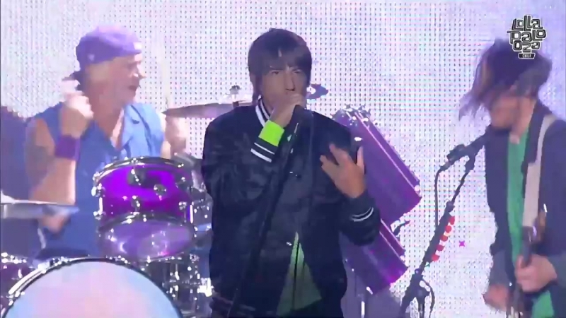 Red Hot Chili Peppers - Cant Stop _ Lollapalooza Chile 2018