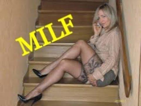 Зрелая Milf сексуально занимается в тренажерном зале для мужчин