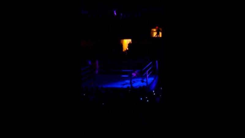 WWE Live - Undertaker Sheamus vs. Sandow Barrett 2013