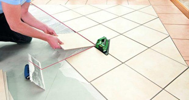Преимущества и недостатки пенополистирольной плитки для потолка