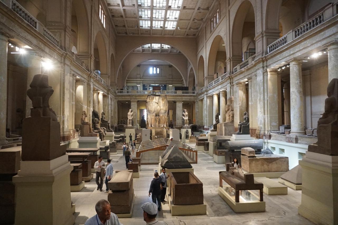 Каирский музей - главный египетский музей в мире. Блеск и нищета