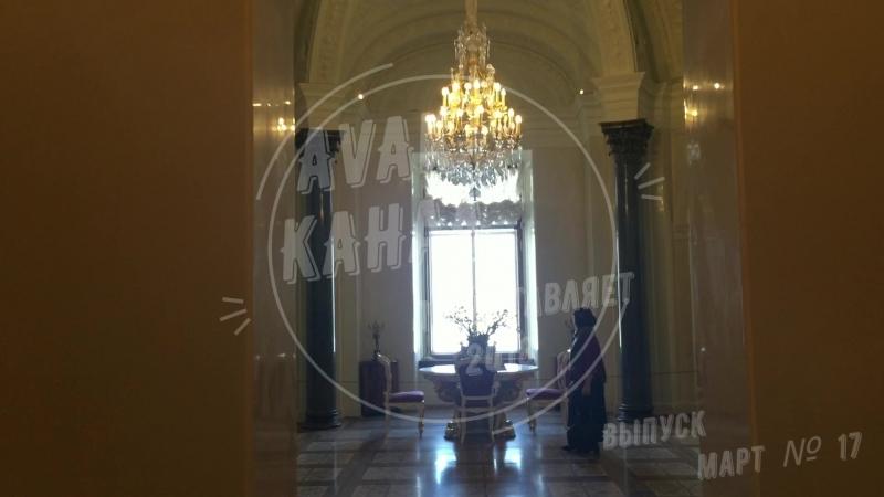 Мраморный дворец — первое здание в Петербурге, фасады которого облицованы естественным камнем. Архитектор А. Ринальди.