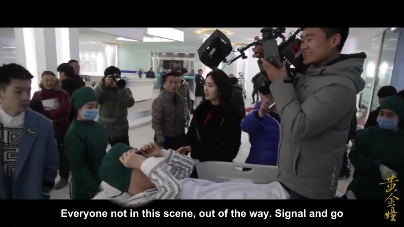 [Eng_Sub]_180312_Shy_Yixing_Gets_Straddled_By_Camera_Man_-_Golden_Eyes_bts_LAY