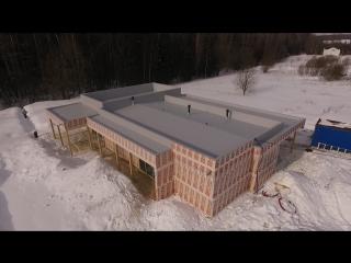 Обзор интересного дома с большим количеством нетиповых для частного домостроения конструктивных решений. Все построенные дома: https://ultrasip.ru/doma/obektyi/