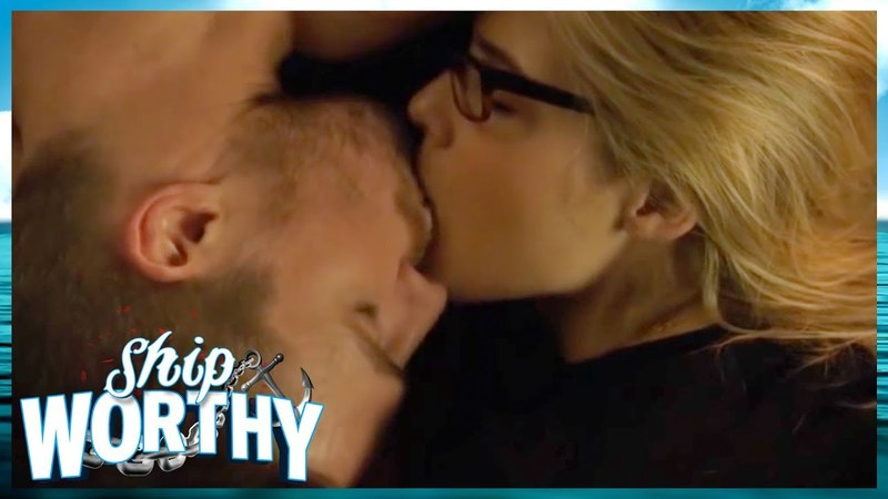 Why We LOVE Olicity Arrow's Oliver Queen Felicity Smoak Shipworthy 👩❤️👨🚢⚓