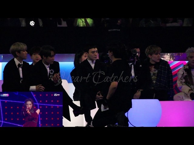 [HD FANCAM] 171201 2017 MAMA IN HONG KONG EXO VERNON'S REACTION TO TAEMIN SUNMI'S GASHINA