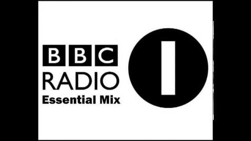 Essential Mix Skream and Benga Live Space Ibiza 2011 08 06
