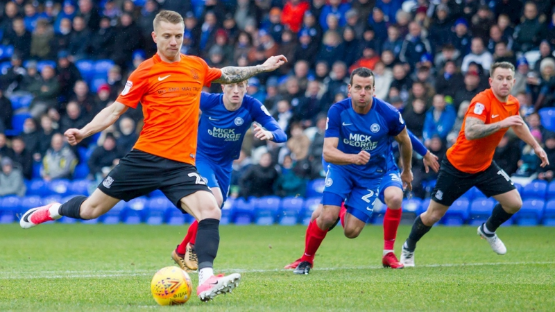 30 game League One Peterborough v Southend (03.02.2018)
