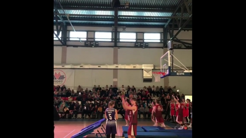 "Www.instagram.com/p/BgdYheClZMW Летающие баскетболисты ""UG"" из г. Пермь на Финале СЗФО ШБЛ «КЭС-БАСКЕТ»!!"