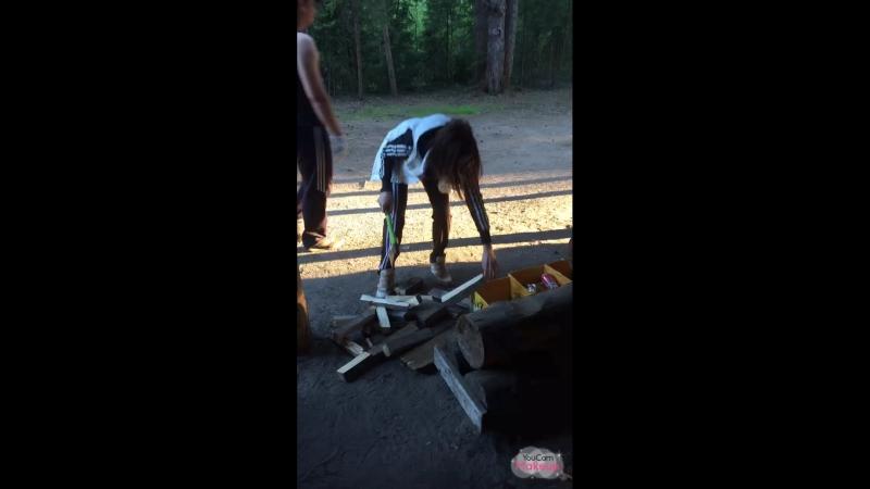 Я умею колоть дрова)