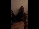 Кортни отдыхает в ресторане со съемочной командой фильма В прямом эфире 25 05 18