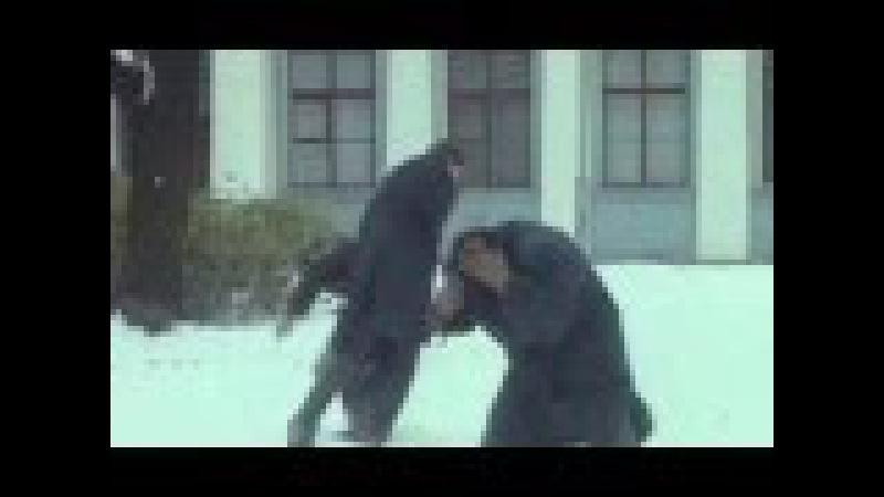 Улицы разбитых фонарей - Менты играют в снежки