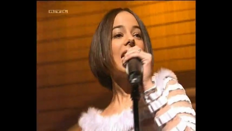 Alizee L' Alize🎶🎤📀💖 mp4
