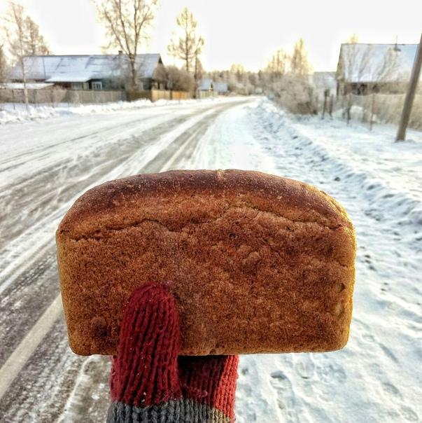 Руководство «Пятерочки» заставляло сотрудников портить нераспроданный хлеб грязной водой, чтобы он не