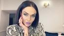 """Alena Vodonaeva on Instagram """"Кто смотрел мои сторис из магазина косметики в Абу-Даби знают, что для своего салона я взяла палетки теней фирмы Hud..."""