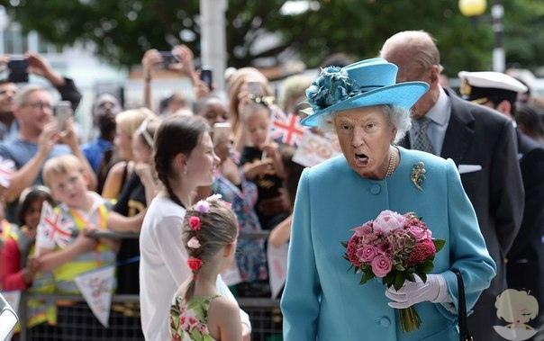 Художница делает Трампа Королевой