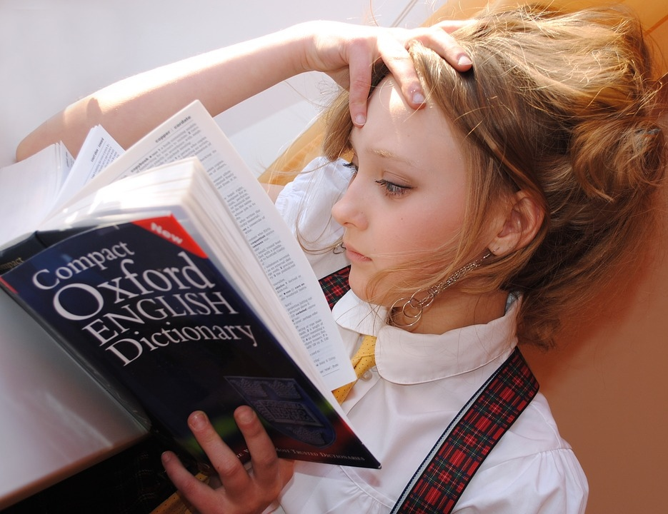 Учить иностранный язык не с алфавита: ученый дал совет детям Марий Эл