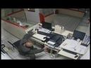 На видео попал процесс ограбления ювелирного магазина в Ефремове