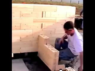 Как строят дом из деревянного кирпича