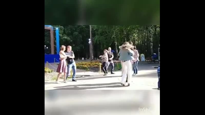 У нас в ульяновске не только всё плохо) парк молодёжный