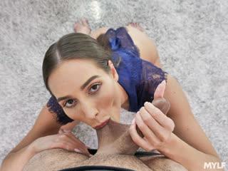 Desiree Dulce - Champion Cock Choker / Девочка в униформе прекра