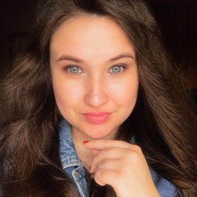 Алина Акилова Голая